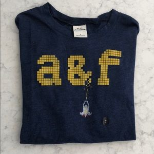 Abercrombie Kids Boy Long Sleeve Tee Small